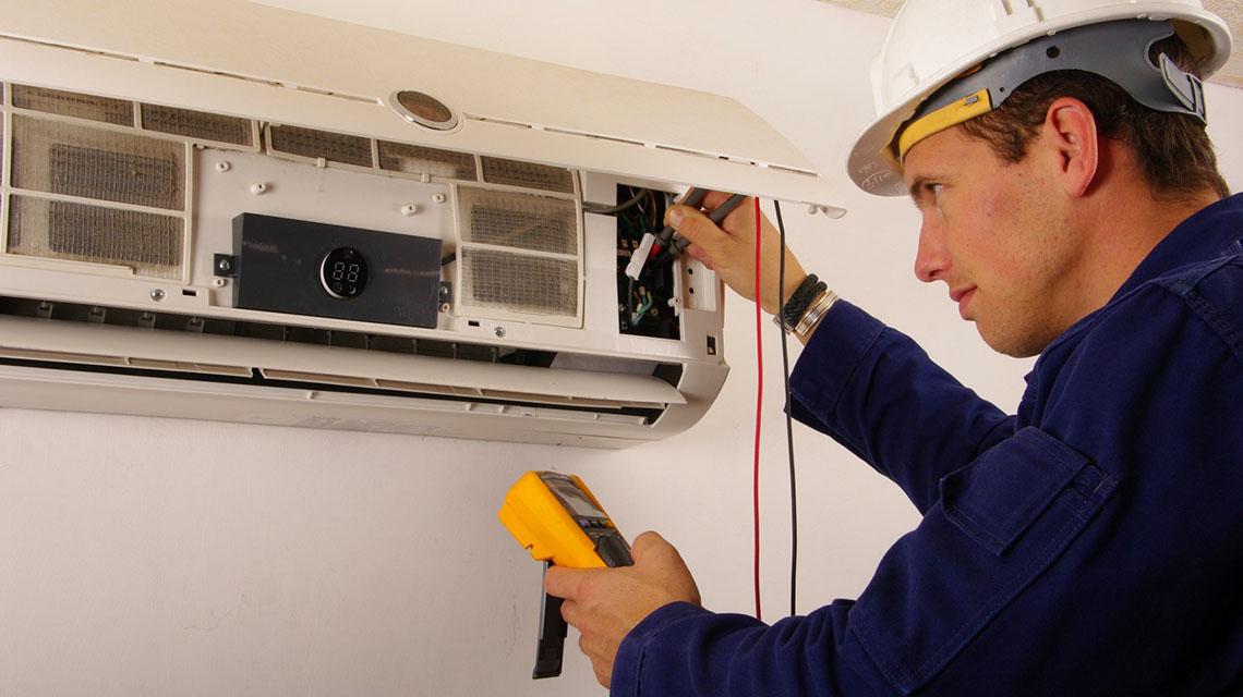 Faut-il faire appel à un climaticien pour faire installer sa climatisation?